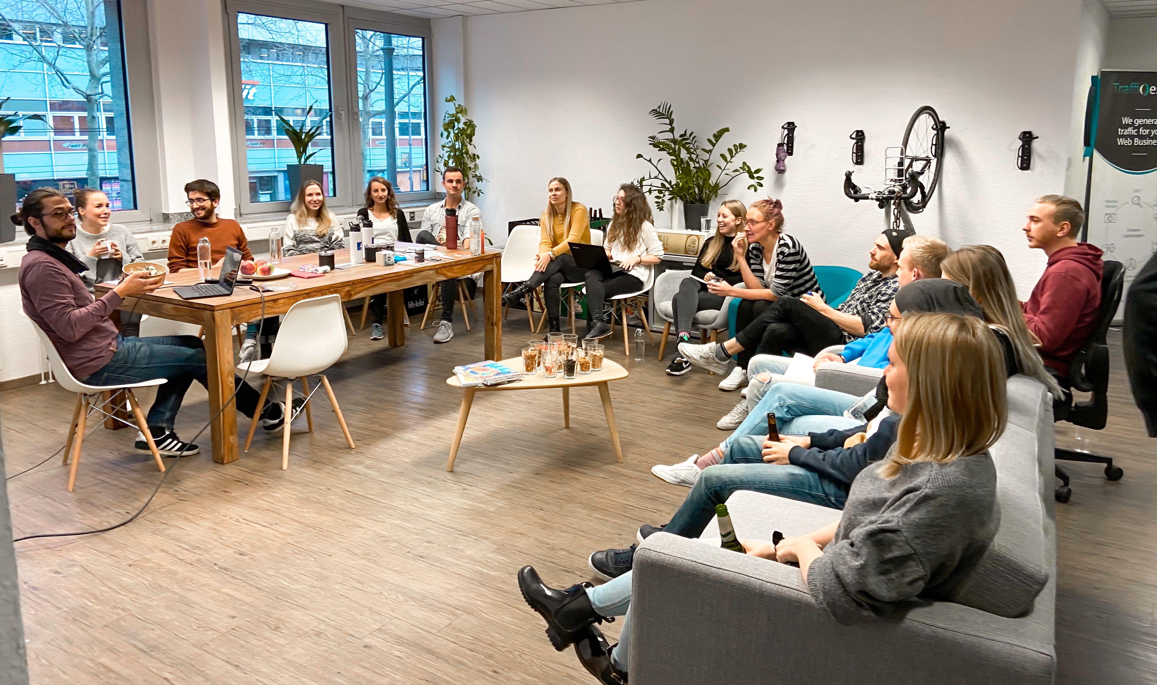 Team Meeting bei TrafficDesign